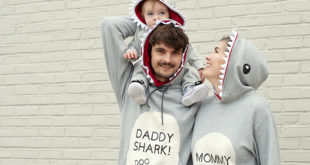 Lindsay Ponta of Shrimp Salad Circus Baby Shark Family Costume