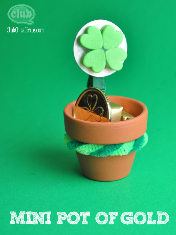 Mini Pot of Gold St. Patrick's Day crafts for kids