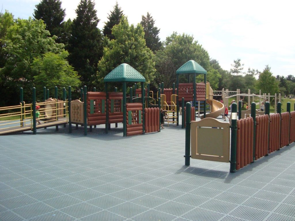 Accessible playgrounds in DC area: Hadley Park